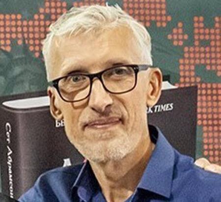 """""""Субботнее: Мир не скоро станет прежним и мы - не скоро..."""" - Олег Пономарь"""