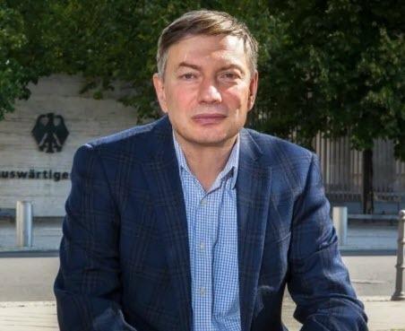 """""""Сказочная статистика для полезных идиотов"""" - Игорь Эйдман"""