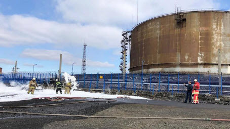 В Норильске и на Таймыре введен режим ЧС из-за разлива нефтепродуктов