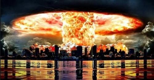 Путин разрешил России первой наносить ядерный удар