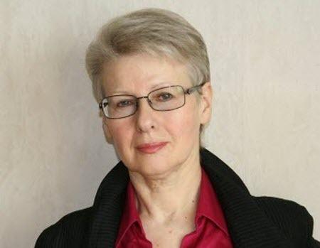 """""""Как власть государство подрывает"""" - Лилия Шевцова"""