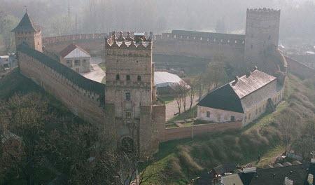 100 Великих чудес України - Замок Любарта в Луцьку