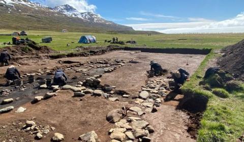 В Исландии обнаружен древний дом вождя викингов