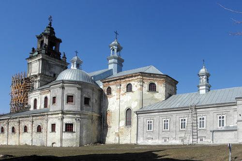 100 Великих чудес України - Ансамбль домініканського монастиря в Підкамені