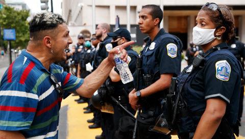 Михаил Таратута: Куда несется Америка