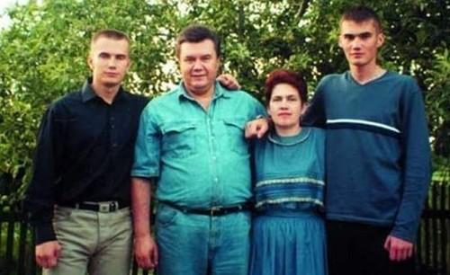 Ну скажи, разве при Януковиче плохо было?