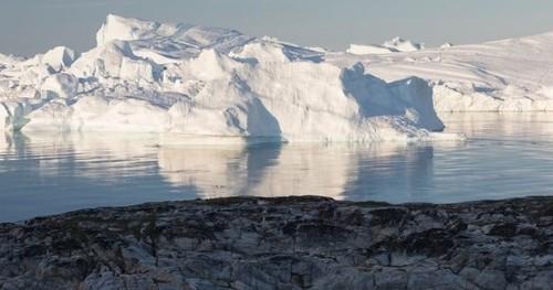Таяние ледников Гренландии прошло точку невозврата