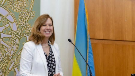 Посольство США передало українським силовикам засоби захисту від COVID-19