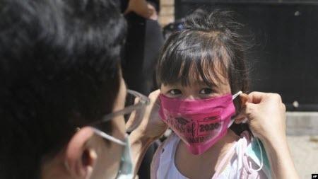 ВООЗ: від дітей до 5 років не треба вимагати носити маски