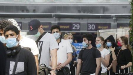 Україна продовжує карантин і закриває кордони для більшості іноземців
