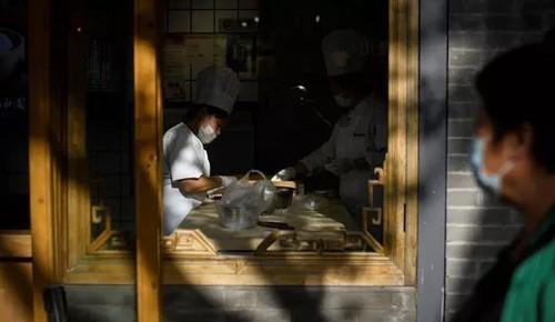 После наводнений и Covid китайцев призвали меньше есть