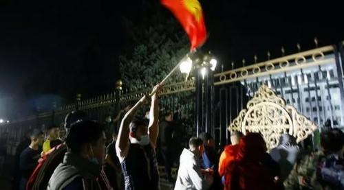ЦИК аннулировала итоги парламентских выборов в Кыргызстане