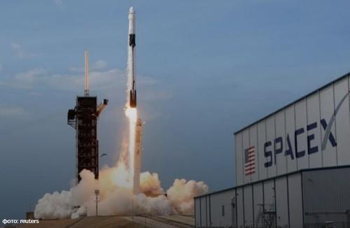 Из-за погодных условий SpaceX отложила запуск миссии Starlink с партией спутников