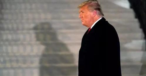 Дональд Трамп обратился к американцам после объявления ему импичмента
