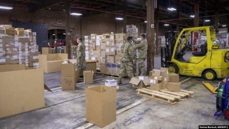 Для логістики постачання медичного обладнання зі США в Україну задіяли резерв Військово-морських сил