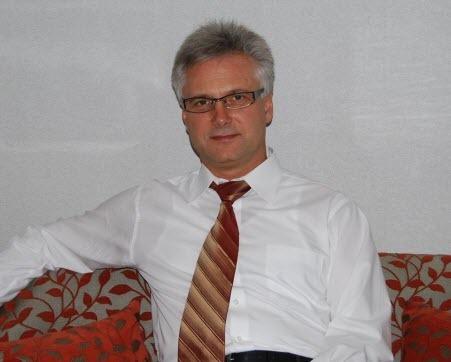 """""""Синьо-жовтий стяг"""" - Олег Шарп"""