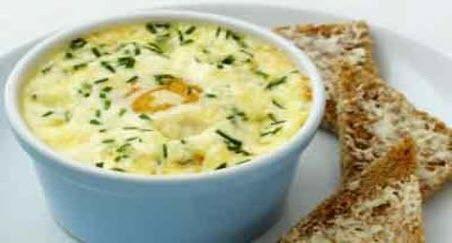 """Бабусині страви: """"Яйця в сметані"""""""