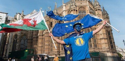 В Северной Ирландии хотят оспорить соглашение о Brexit