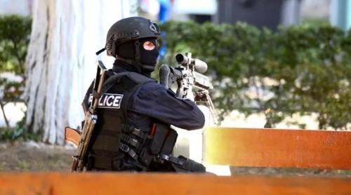 В Тбилиси взяли заложников в здании «Банка Грузии»