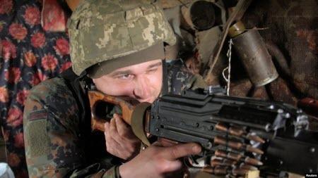 Чи зберігається загроза повномасштабної війни в Україні і чого хоче Путін - думки експертів у США