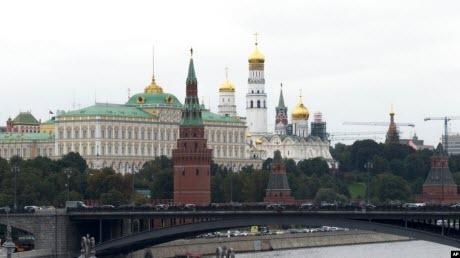 В очікуванні санкцій - експерти коментують дедоларизацію в Росії