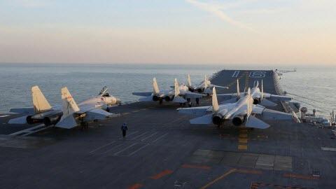 """Высокопоставленный офицер НАТО предупреждает о """"шокирующих"""" военных достижениях Китая"""