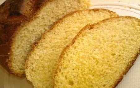 """Бабусині страви: """"Домашній хліб в мультиварці"""""""