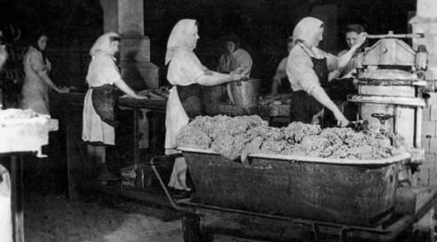 """Исторический ликбез: «Про """"самую качественную"""" и """"самую вкусную"""" в мире советскую колбасу»"""