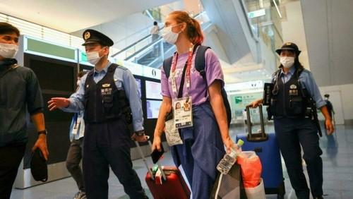 В аэропорту Токио Кристину Тимановскую взяла под охрану японская полиция