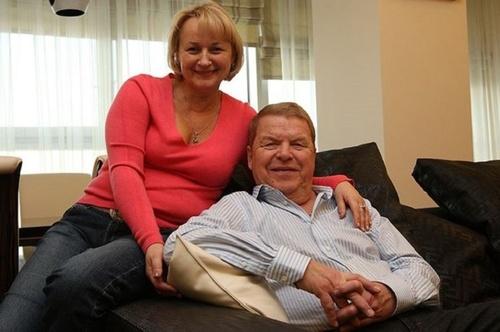 Три брака и одно личное счастье балагура Михаила Кокшенова